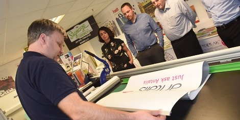 Tutor Paul Hughes hosting the Intro to Large Format Market, Printers and Applications workshop
