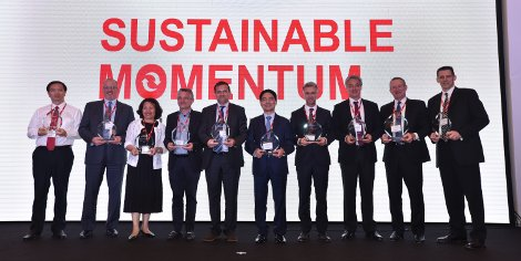Winners of the Avery Dennison 2016 Global Supplier Awards
