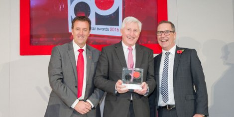 L-R Matt le Tissier, Paul Briggs (Xeikon), Simon Smith (CS Labels)