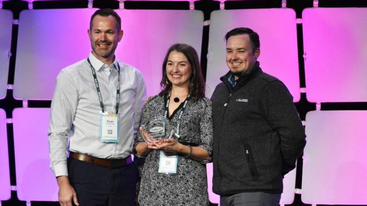 Orbus named Alliance Franchise Brands Display Manufacturer Partner of the year.
