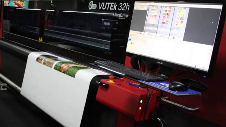 Product premieres at Printing United 2019 include the VUTEk 32h hybrid inkjet printer, innovative Fiery FS400 Pro print server technology and cloud-based print and color management solutions.