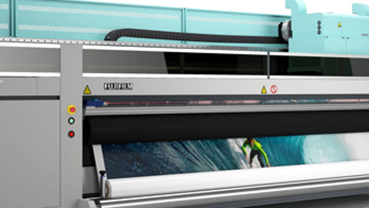 Fujifilm's superwide Acuity Ultra to debut at Graphics Canada Expo.