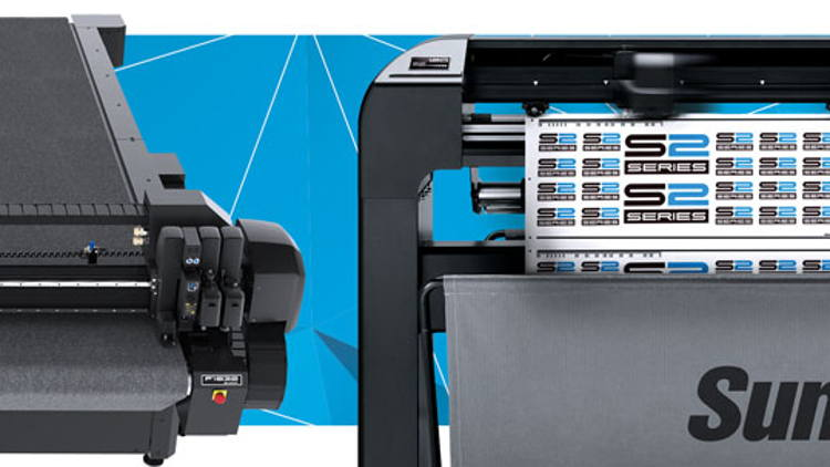 Summa demonstrate a variety of cutting solutions at FESPA