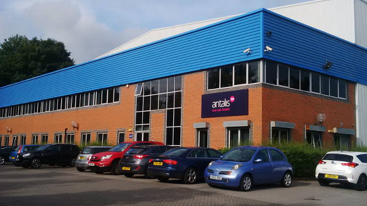 Antalis the world's leading visual communications products, brings regional stock and a new state-of-the-art conversion facility to its Leeds distribution centre.
