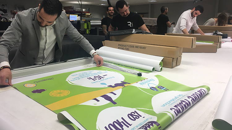 The Origin Roller Banner from Innotech Digital used in this World Record Attempt is made from high grade aluminium.