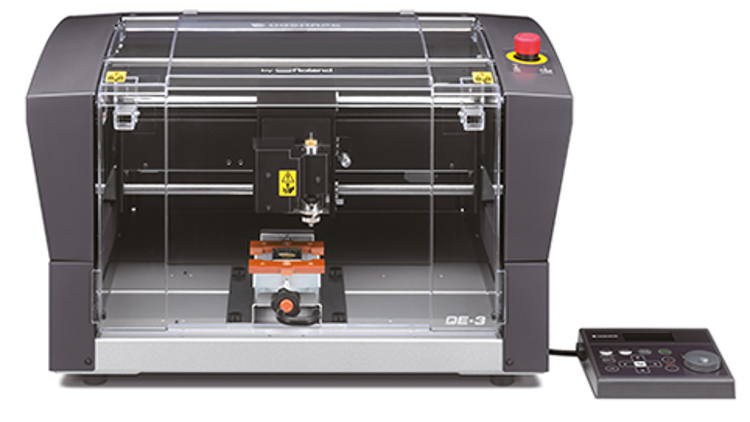 New DE-3 DGSHAPE desktop engraver with optional centre vice.