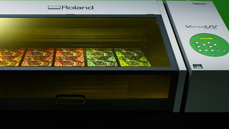 The latest piece of equipment to join the expanding Bakers Print Bureau is a Roland DG's Versa UV LEF 300.