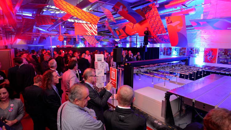 Agfa Graphics rolls out the red carpet for Sign & Display companies from around the world.