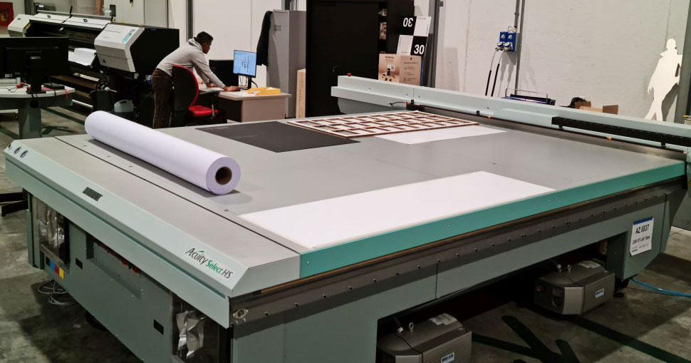 Italian print business grows its visual communication department, investing in Fujifilm's Acuity LED 1600R, Acuity LED 3200R and Acuity Select.