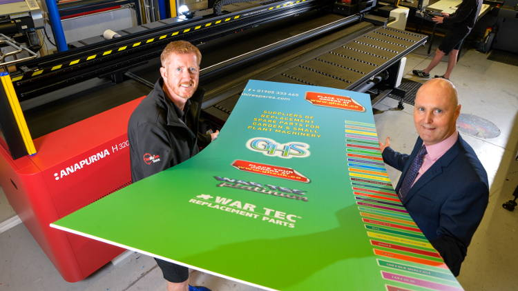 The Big Ink Tank in Coventry has become the latest Agfa customer having invested in the largest hybrid Anapurna H3200 UV LED wide format press.