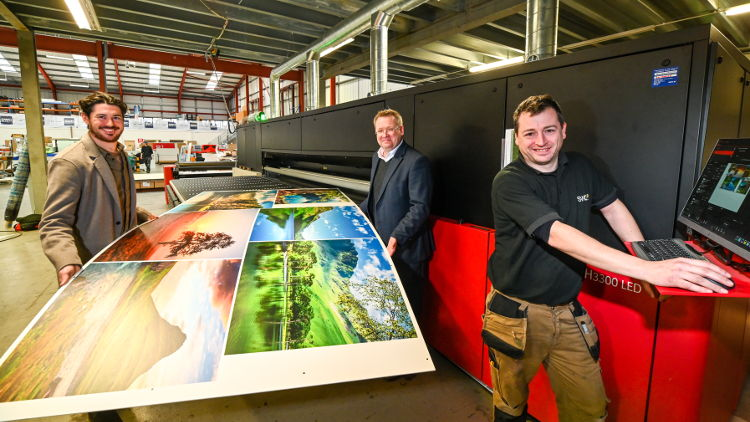 Super-Wide Digital invests in an Agfa Jeti Tauro H3300 LED.