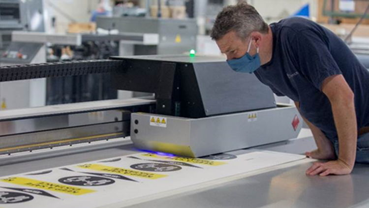 Claremon expands business into wide-format printing with the Canon Arizona 1380 XT.