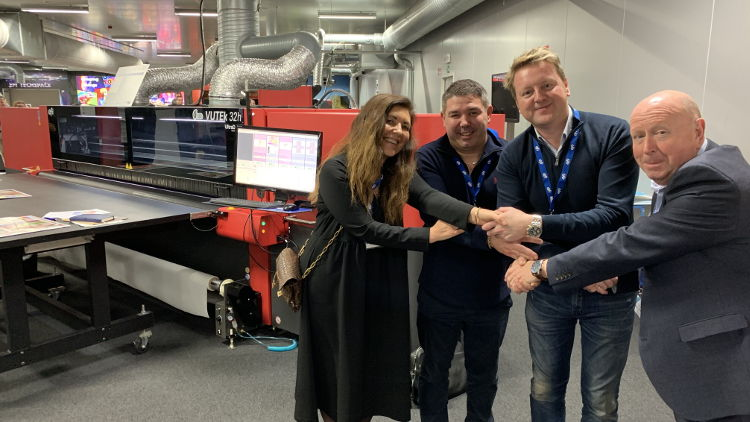 Eco Signs boosts sustainability and productivity with EFI's new VUTEk 32h superwide-format printer.