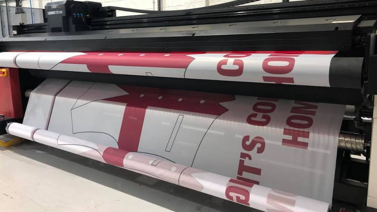 The business invested in the Agfa Avinci DX3200 dye sublimation engine earlier this year which is driven by the Agfa Asanti workflow solution.