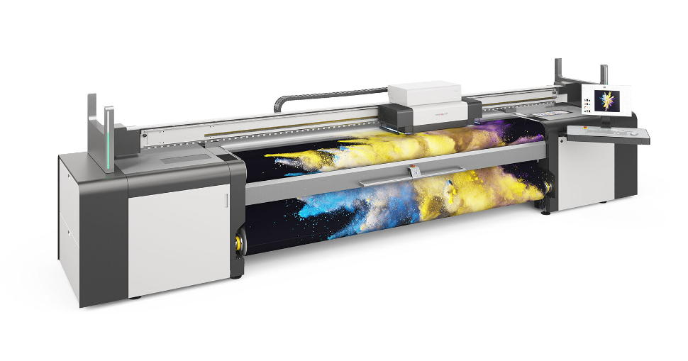 A convincing choice that combines high productivity with exceptional print quality: Karibu S, the new speed model in the swissQprint roll to roll printer family.
