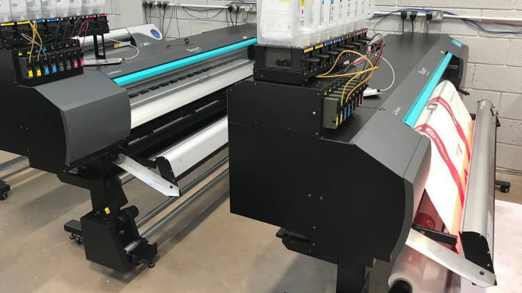 QPS installs two new Roland Texart XT-640 printers at EventureWorks.