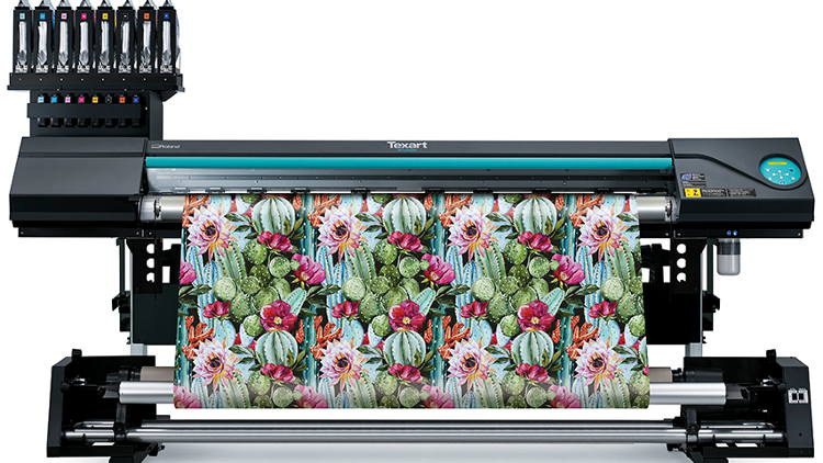 Roland DG launches ground-breaking Texart RT-640M multi-function dye-sublimation printer.