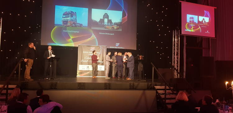 Mission Motorsport collecting Award