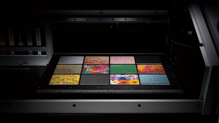 New VersaUV LEF2-200 Features Exceptional Print Capabilities and Ease of Use.