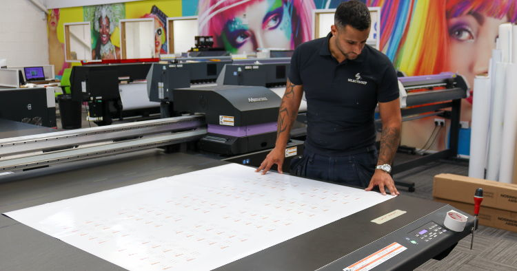 Selectequip buys Mimaki printers from CMYUK to cope with Lockdown demand.