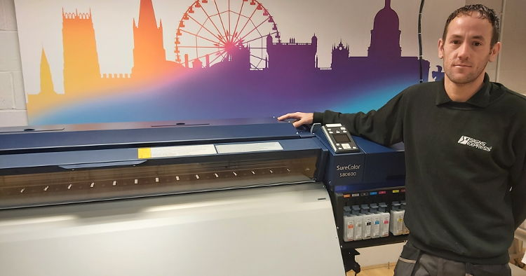 Signs Express streamlines production with Epson SureColor SC-S80600.