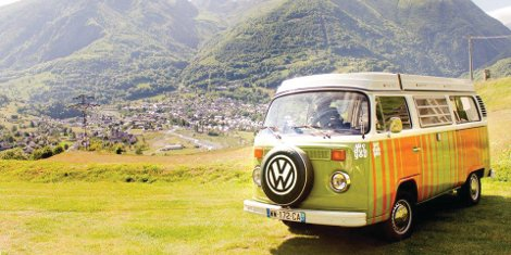 Retro wraps for classic Volkswagen campervans using vinyl supplied by Spandex