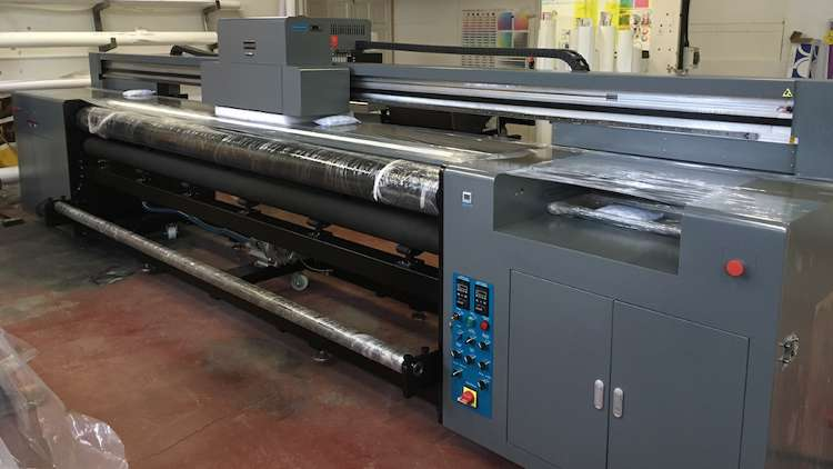 Quality Print Services (QPS) has launched the latest Longier grand-format printer model, the Longier Hunter RU3200, to the UK market.