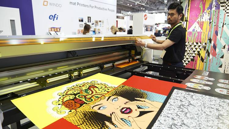 New LED flatbed printer using Brett Martin Foamalux White PVC sheets.