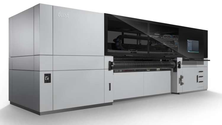 The Durst P5 250 HS is targeted towards high volume industrial production, as well as one-offs in offset quality.