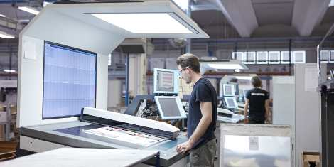 Pixartprinting now has the largest number of Komori H-UV/H-UV LED systems in Europe