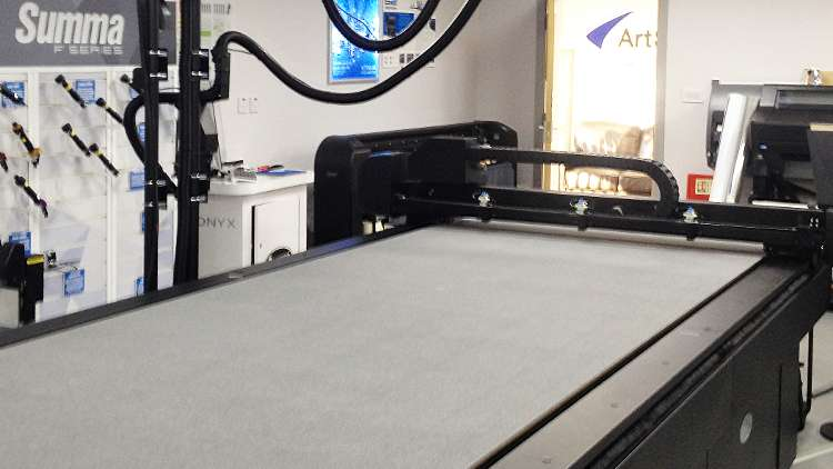 ArtSystems has installed the Summa F1330 wide format cutter/finishing system into its Nottingham-based demonstration suite – a first in the UK.