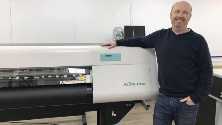 James Williams, Managing Director, Curtis Packaging with Fujifilm's Accuity LED 1600.