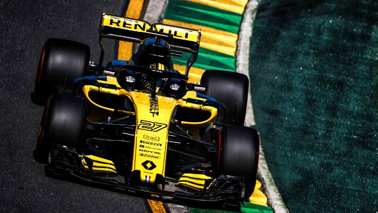 Renault Sport Formula One Team has relied on Roland DG for its racing car vehicle graphics.