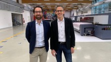 Durst strengthens Large Format Printing division with new dual leadership and central management.
