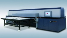 The Durst Rho P10 250 HS-Plus UV hybrid system and Durst Rho 512R-Plus roll-to-roll UV printer were installed at Macro Art's base in Abbotsley, Cambridgeshire.
