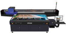 The SureColor SC-V7000 offers high quality, fast printing onto a variety of media.