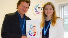 New Roland TrueVIS VG2 leads the print and cut field with EDP Award.
